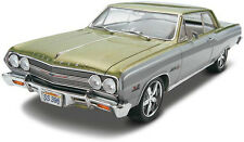 Revell '65 Chevelle SS 396 Z-16 1/25 plastic model car kit new 4055