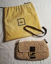 FENDI Woven Raffia Baguette bag NEW wot w/Leather & Silver details w/dust bag