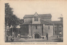 POITIERS 27 baptistère saint-jean entrée ouest musée mérovingien photo robuchon