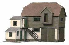 Superquick Farm Hayloft and Barn Card Building Model Kit B26 00/HO Gauge Railway
