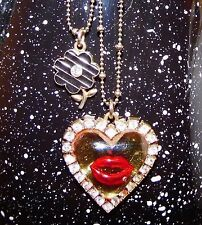Betsey Johnson VINTAGE Necklace MARILYN KISS LIPS Red LUCITE HEART Crystal NWOT