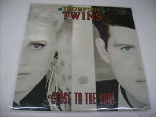 THOMPSON TWINS - CLOSE TO THE BONE - LP VINYL 1987