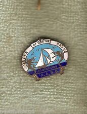 #D52. OLD ENAMEL QUEEN OF THE WAVES RAMC  CLUB   LAPEL  BADGE, 10 SHILLING