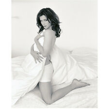 Kate Beckinsale Topless Wrapped in White Sheets on Bed 8 x 10 inch photo