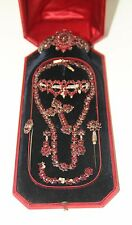 JOY770 VICTORIAN SET. BOHEMIAN GARNETS AND SILVER. ORIGINAL BOX. 19th CENTURY