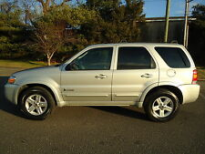 Ford: Escape 4dr 2.3L Hyb