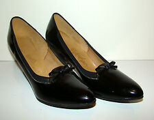 New in Box 1960s NATURALIZER Black Patent Leather Shoes Heels Pumps 9A