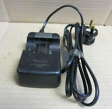 Canon Cargador de Batería para Cámara Digital IXUS 110-240V 4.2 v/8.4 v 600mah-cb2le
