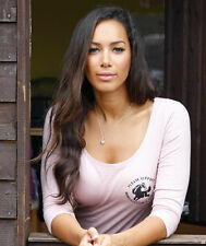 Leona Lewis UNSIGNED photo - D1665 - Singer and animal welfare campaigner