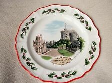 VINTAGE COLLECTABLE DISPLAY PLATE WEDGWOOD CHRISTMAS 1980 WINDSOR CASTLE RED RIM