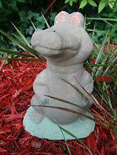 English Stone Green Crocodile Gargoyle Monster Statue Ornament