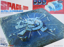 MPC 1/1800 Space 1999 Moon Base Alpha & 1/115 Control Room Plastic Model Kit 803