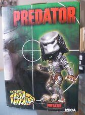 Figurine résine Predator Head Knockers Neca neuf mais griffe cassé