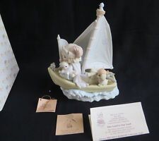 "Precious moments "" This Land is Our Land"",1992 Commemorative Figurine 527386 MIB"