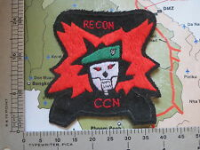 USSF green beret , US 5th Special Forces MACV-SOG , CCN Recon Team , USSF patc