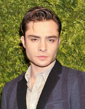 Ed Westwick UNSIGNED photo - E1938 - HANDSOME!!!!