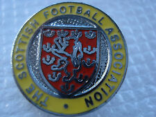 OLD..THE SCOTTISH FOOTBALL ASSOCIATION..MADE IN ENGLAND..RED & YELLOW BADGE