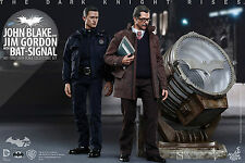 SIDESHOW HOT TOYS THE DARK KNIGHT RISES BAT-SIGNAL JOHN BLAKE JIM GORDEN FIGUREN