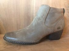 Born Rascal Brown Leather Square Toe Western Inspired Women's Ankle Boots 8.5