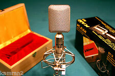 KAM R3 ribbon mic with warm vintage tone