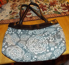 Thirty-One Skirt Purse Base + 2 Skirts Gray Woodblock & Hot Pink Flowers