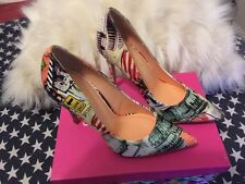 BNIB SHOE REPUBLIC LA SAVAGE MULTI PRINT HEEL SIZE 8 RT