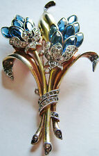 HUGE VINTAGE BLUE TRIFARI FLOWER FUR CLIP GARDEN FLOWER PIN CLIP