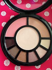 I Heart Makeup Eyeshadow Lidschatten Bronzer Blush Rouge Highlighter Go! Palette