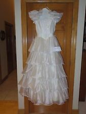 Size 6 - White Wedding Dress - Cap Sleeve - Beaded - Bow in Back - Pre-owned/GC