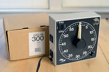 Gralab 300 darkroom processing timer - exc condition with box  - no reserve!