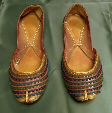 ANTIQUE ORIGINAL ARABIAN LEATHER HAND CRAFTED EMBROIDERED GOLD BULLION SHOES
