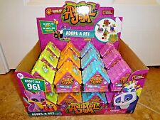 Animal Jam (1) Blind Pack House Adopt A Pet National Geographic Sealed Series 1