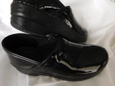 """DANSKO glossy black PATENT LEATHER classic CLOGS shoes 1.5"""" HEEL 7.5 8  38"""