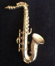 Vintage Saxophone Pin / Brooch Gold Tone Instrument Band Woodwind