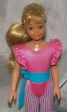 Vintage 80s 1983 Barbie GREAT SHAPE SKIPPER Teen Posable Doll w/Original Outfit