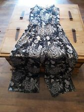 bnwt size 12 black /cream floral patterned strappy jumpsuit