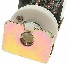 Standard Motor Products DS220 Headlight Switch