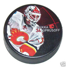 MIKKA KIPRUSOFF Calgary Flames PLAYER PHOTO PUCK NEW #34 In Glas Co.