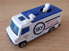 Matchbox MB 205 TV News Truck Mercedes-Benz 207 D