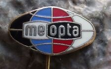 Oval Meopta Camera & View Master Company of Czechoslovakia Stereo Logo Pin Badge