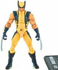 Marvel Universe 2011 ASTONISHING WOLVERINE (SERIES 3 #025) - Loose