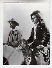"Raquel Welch / George Kennedy / James Stewart (Pressefoto '68) in ""Bandolero"""