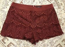 NWT Forever 21 Wine Burgundy Lace Knit Full Lined Back Zip Shorts M