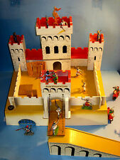 Vintage Toy Castle & Britains Knights lot TIGER TOYS [Petersfield England] 1960s