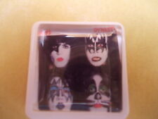 COLLECTION OF 5 KISS ALBUM COVERS AS BADGES / PINS FREE POSTAGE IN THE UK