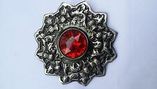 "Scottish kilt fly plaid broche pierre rouge argent finition antique 4""/chardon broche"