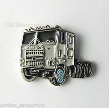 PICKUP TRUCK SUV 4X4 TRUCKER BIG RIG MACK CAB LAPEL PIN BADGE 1 INCH
