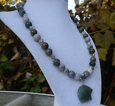 "19"" Indian Agate Necklace with Green Aventurine Carved Zuni style Bear Pendant"