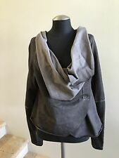 New w/o Tags BARBARA SPEER Women's  Gray Long Sleeve Top Sweater, Size One Size