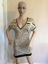 MISSONI v Neck Dress Size 40 Uk 8 Vgc Stretch Body Con Short  Knit Short Sleeve